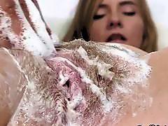 Blonde Slut Kaylee Jewel Has Her Cunt Washed By Lover